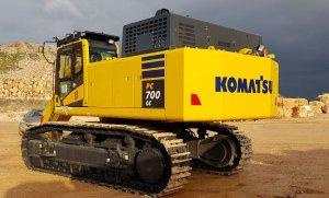 komatsu-pc700lc-ce935